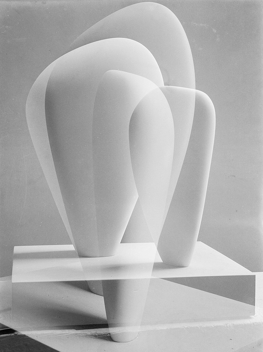 Barbara Hepworth, Double Exposure of Two Forms (1937)